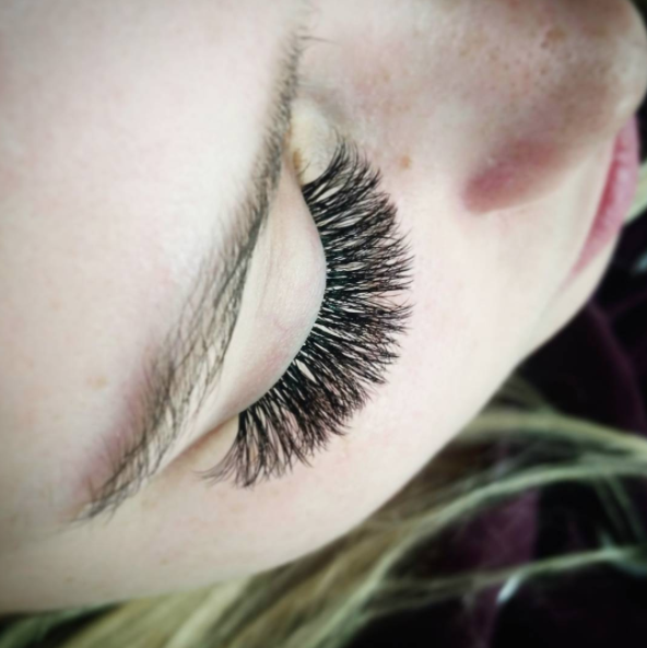 Ottawa Eyelash Extensions Price Comparison